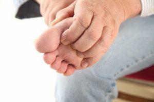 Bệnh nấm ăn chân: Nguyên nhân và cách điều trị
