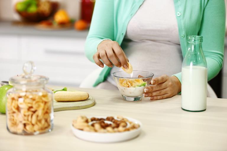 hiện tượng rối loạn tiêu hóa khi mang thai