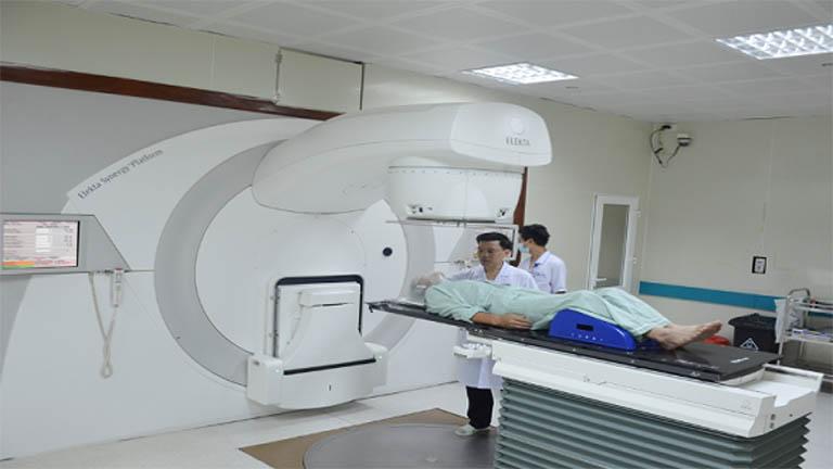 điều trị ung thư cổ tử cung giai đoạn cuối bằng xạ trị