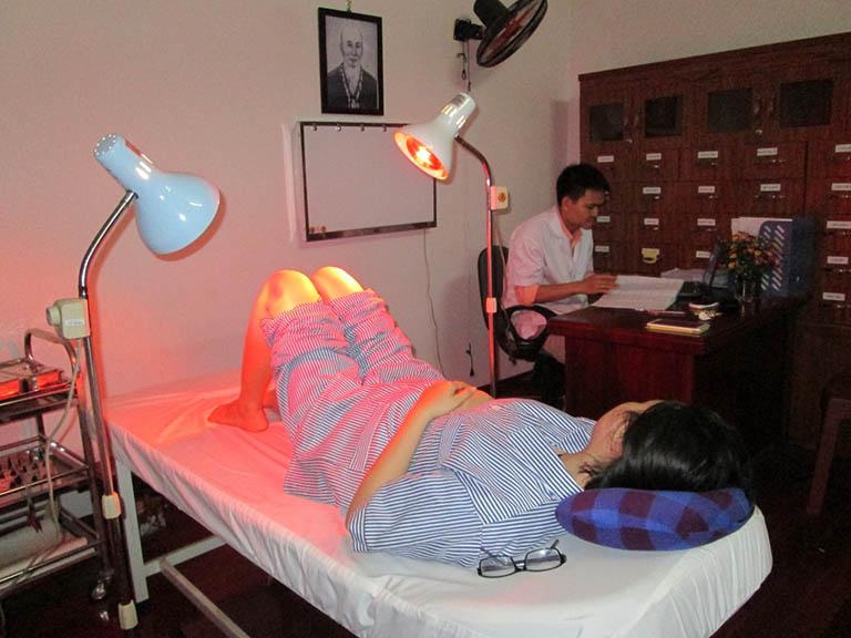 vật lý trị liệu điều trị viêm khớp dạng thấp
