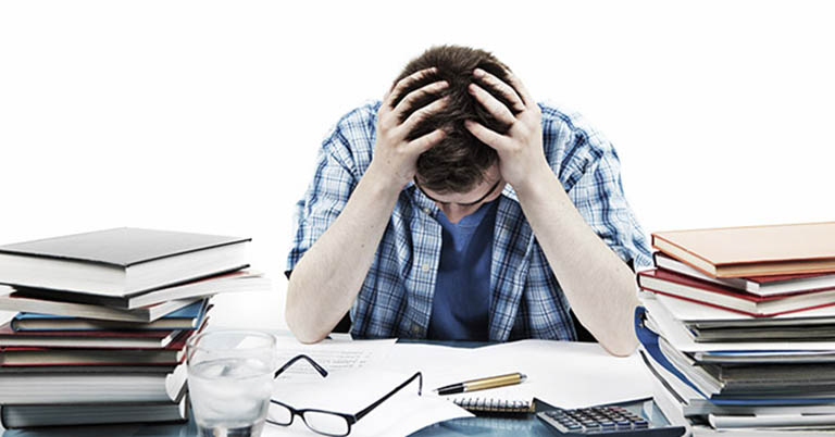 Những căng thẳng, áp lực trong công việc là nguyên nhân cho thấy nhân viên doanh nghiệp cần được chăm sóc và bảo vệ sức khỏe nhiều hơn