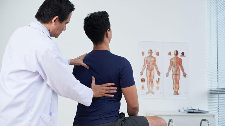 cách điều trị đau cơ lưng