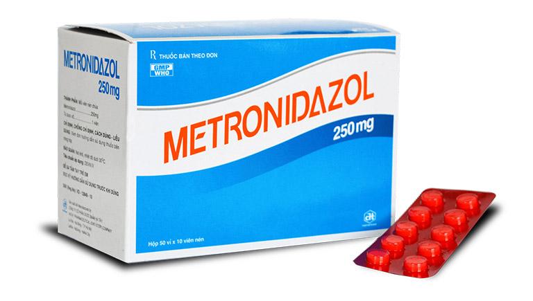 thuốc tây chữa viêm đại tràng Metronidazole