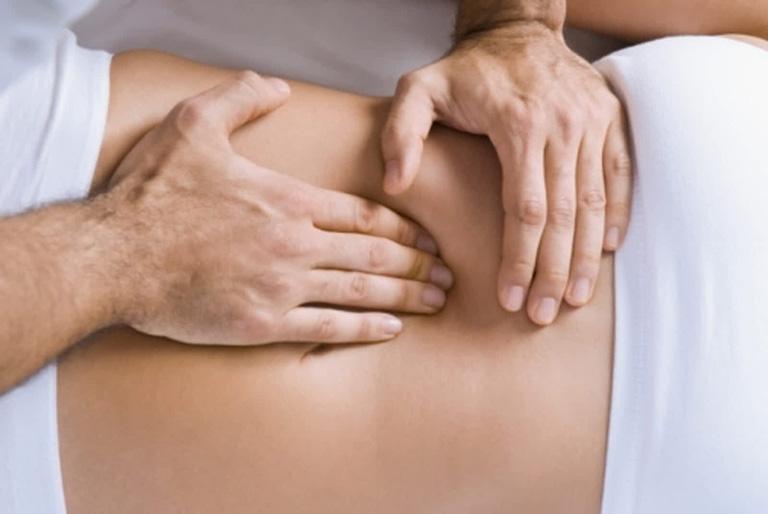 cách làm giảm đau lưng cơ năng