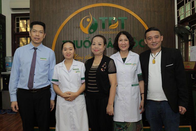 Hình ảnh NS Thu Hà chụp lại khi đến Thuốc dân tộc khám chữa bệnh dạ dày - đại tràng
