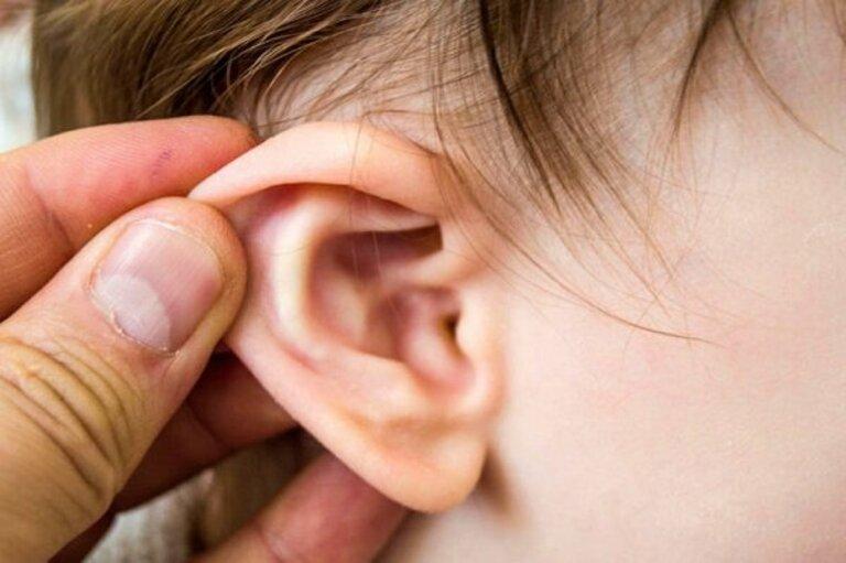 Nguyên nhân nghe kém ở trẻ em