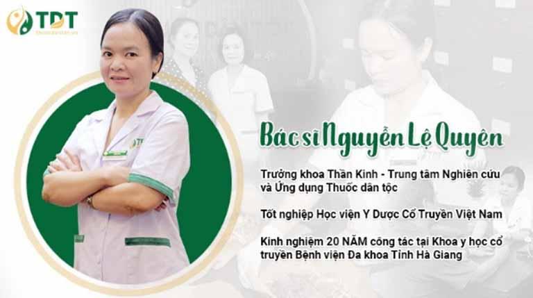 BS Lệ Quyên trực tiếp thăm khám và điều trị cho NS Hương Dung