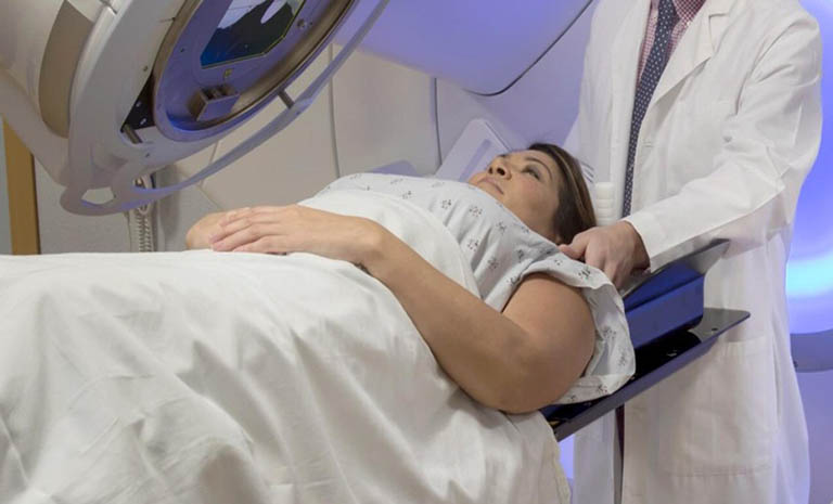cách chữa ung thư dạ dày bằng xạ trị