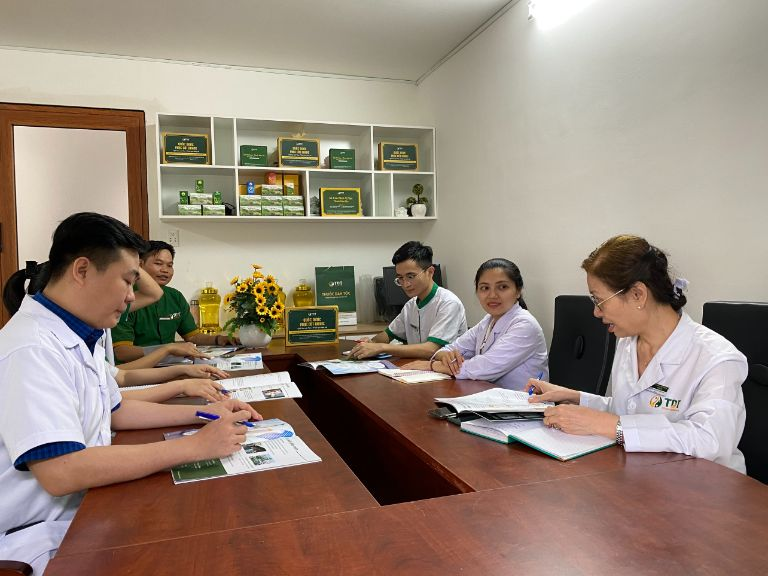 Hội đồng chuyên môn họp cùng lúc tại hai miền Nam - Bắc