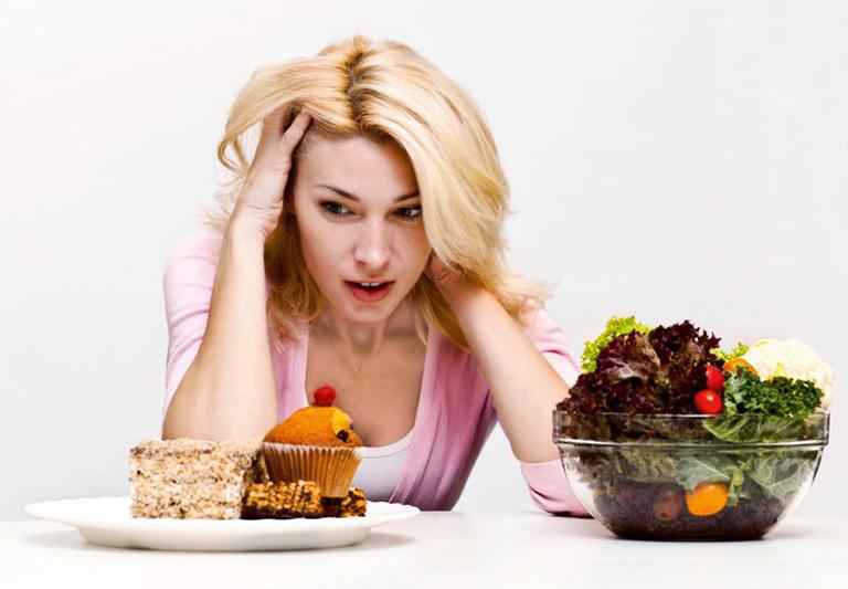 thận ứ nước nên ăn gì kiêng gì