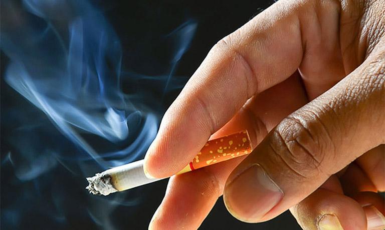 hút thuốc lá gây u bàng quang