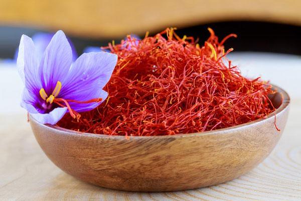 Saffron (Nhụy hoa nghệ tây) - Tác dụng, giá bán, địa chỉ mua uy tín