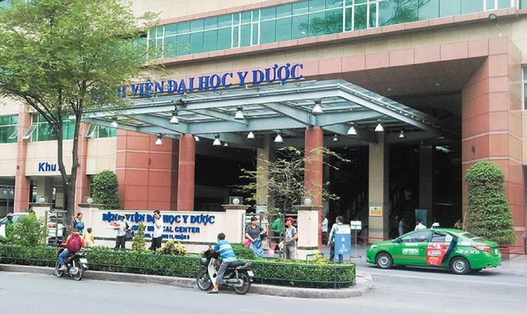 Bệnh viện Đại Học Y Dược TPHCM khám đau gót chân