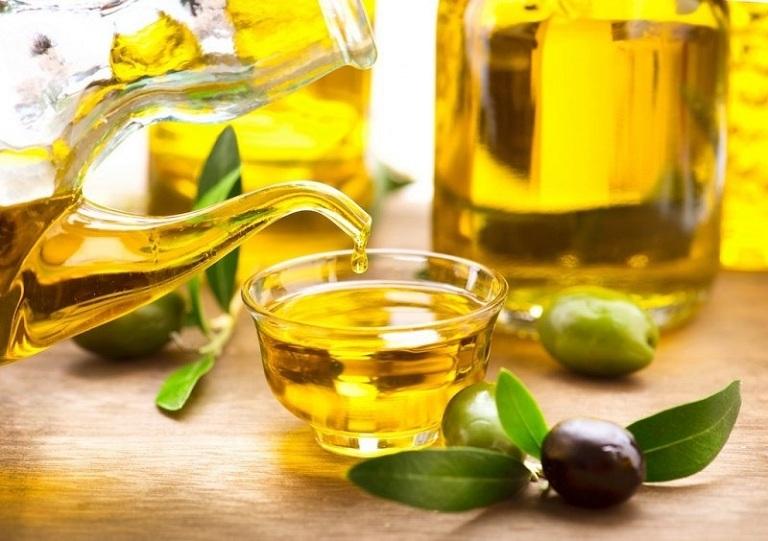 cách trị viêm da cơ địa tại nhà bằng dầu ô liu