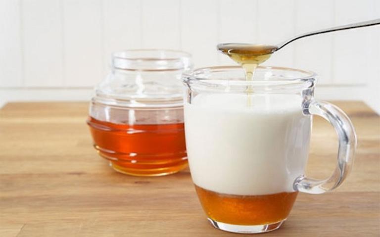 Cách dùng sữa chua trong làm đẹp