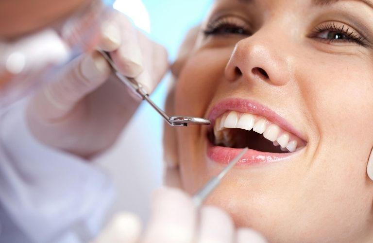 Hầu hết các phòng khám nha khoa hiện tại đều đẩy mạnh nhóm dịch vụ thẩm mý răng