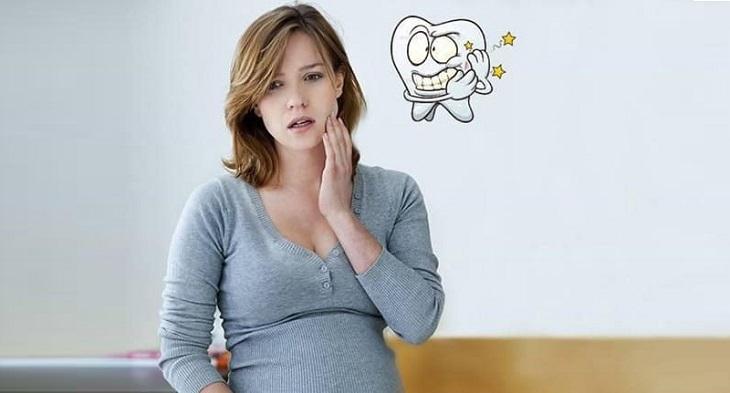 Triệu chứng đau răng khi mang thai có quan hệ mật thiết với vi khuẩn trong khoang miệng