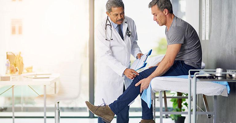 Vật lý trị liệu chữa khô khớp gối ở người trẻ tuổi
