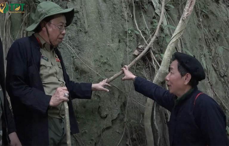 Thầy lang bản địa và bác sĩ Lê Hữu Tuấn