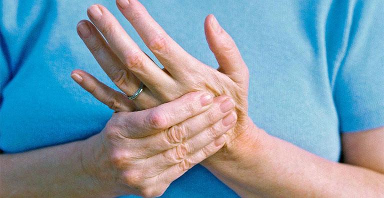 gừng trị đau nhức xương khớp